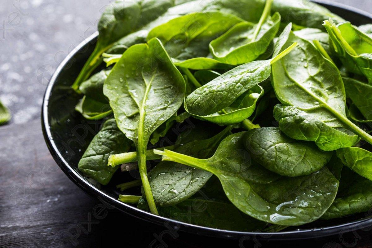 Що почне відбуватися в організмі, якщо їсти шпинат кожен день