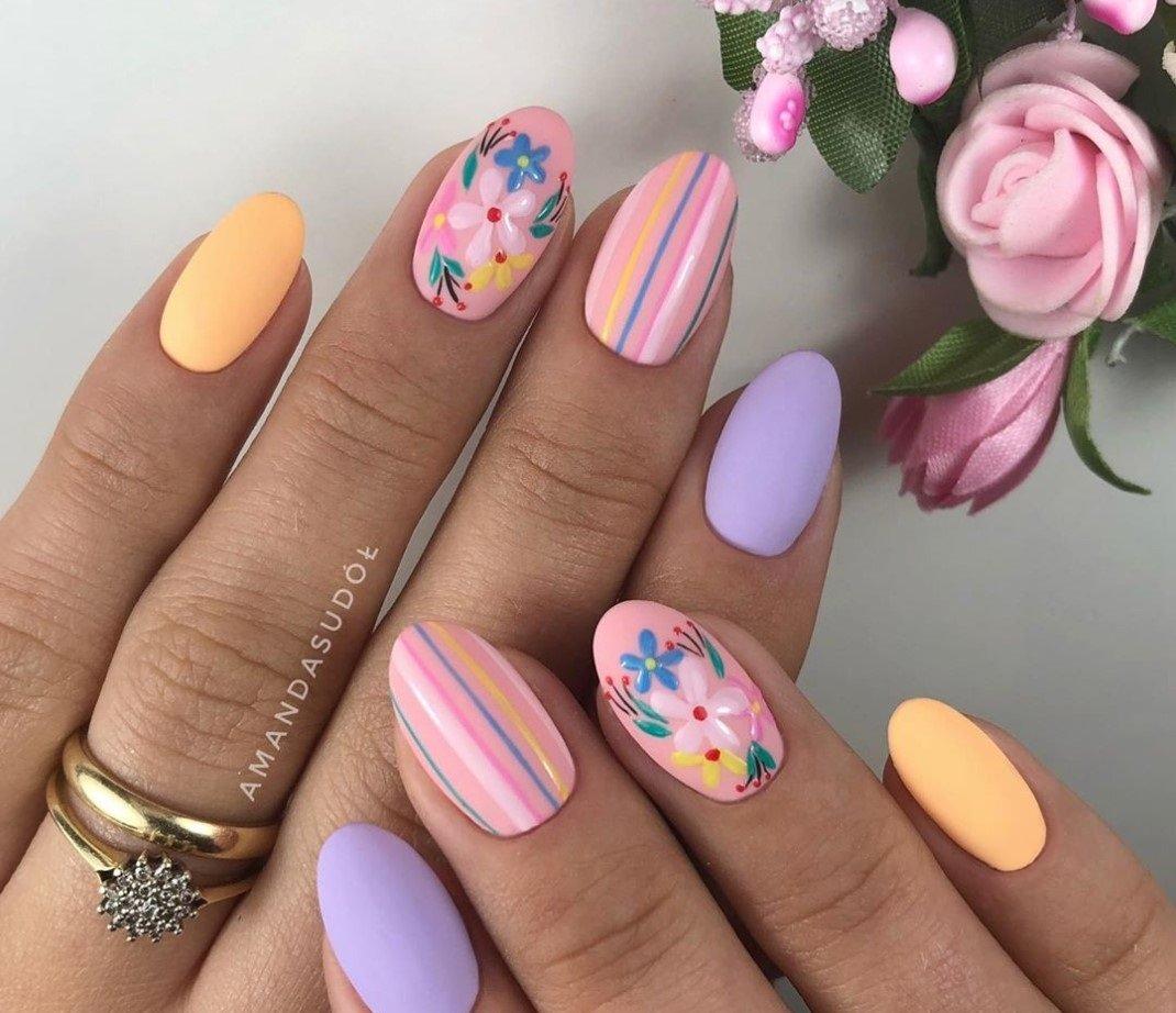 Маникюр в отпуск: самые актуальные виды дизайна ногтей для летнего отдыха