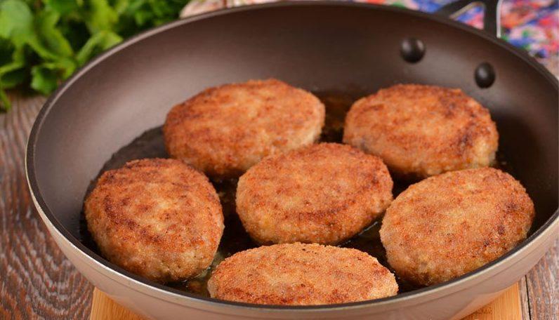 Курячі котлети з кабачком: рецепт апетитної страви до будь-якого гарніру
