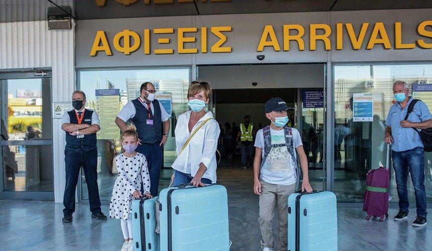 Греція оновила умови в'їзду для українських туристів: що потрібно мати при собі для перетину кордону