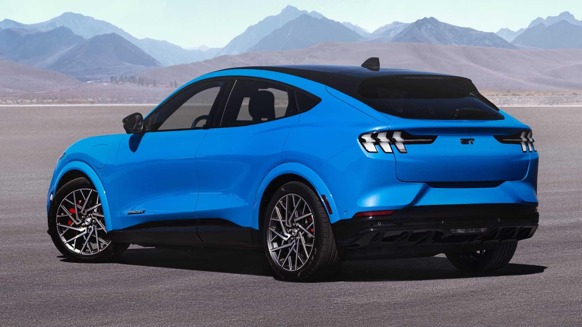 Запас ходу у Ford Mustang Mach-E GT виявився більше, ніж очікувалося