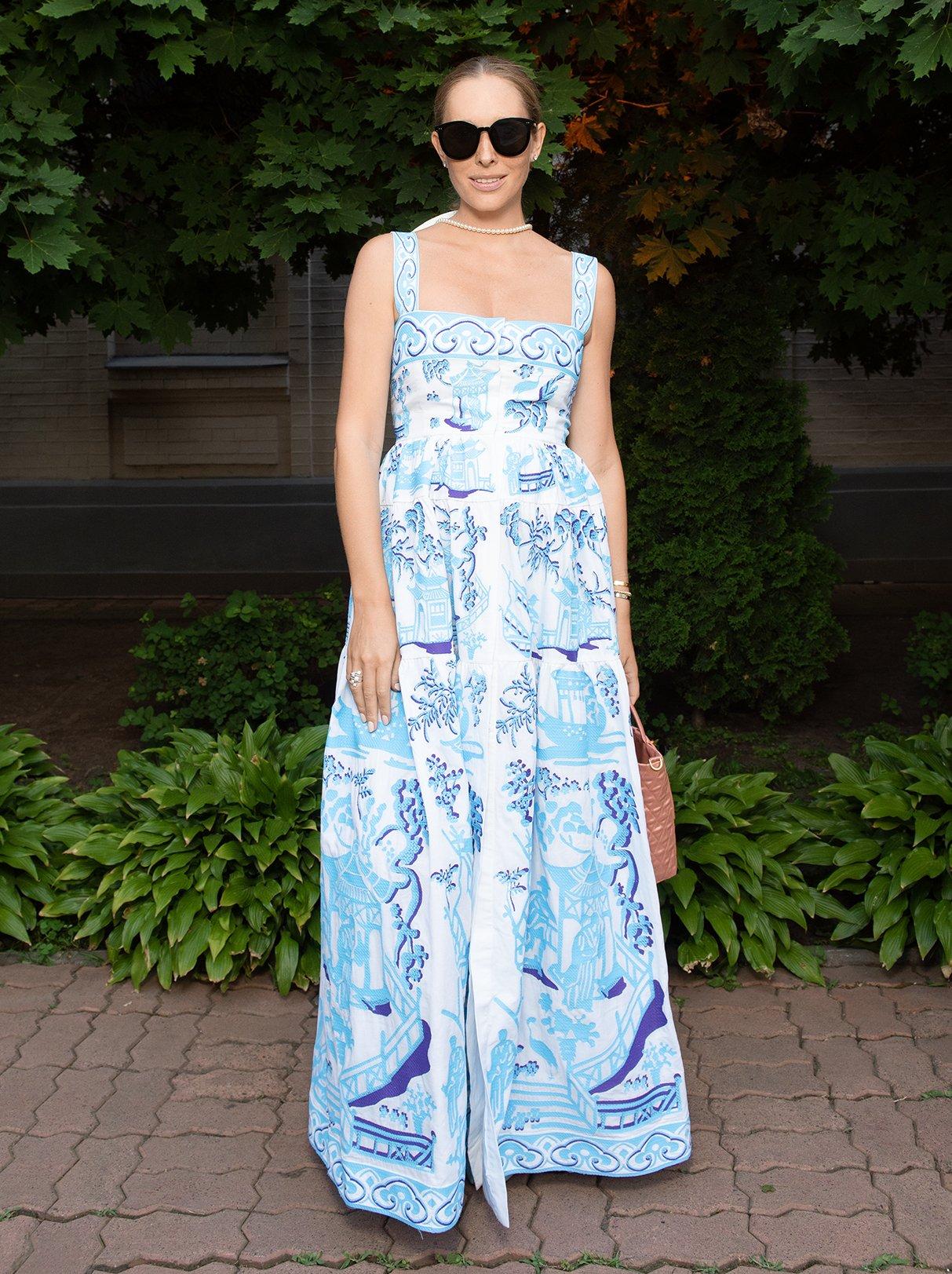 Скрыть уже не получается: Катя Осадчая умилила своим внешним видом в цветочном платье