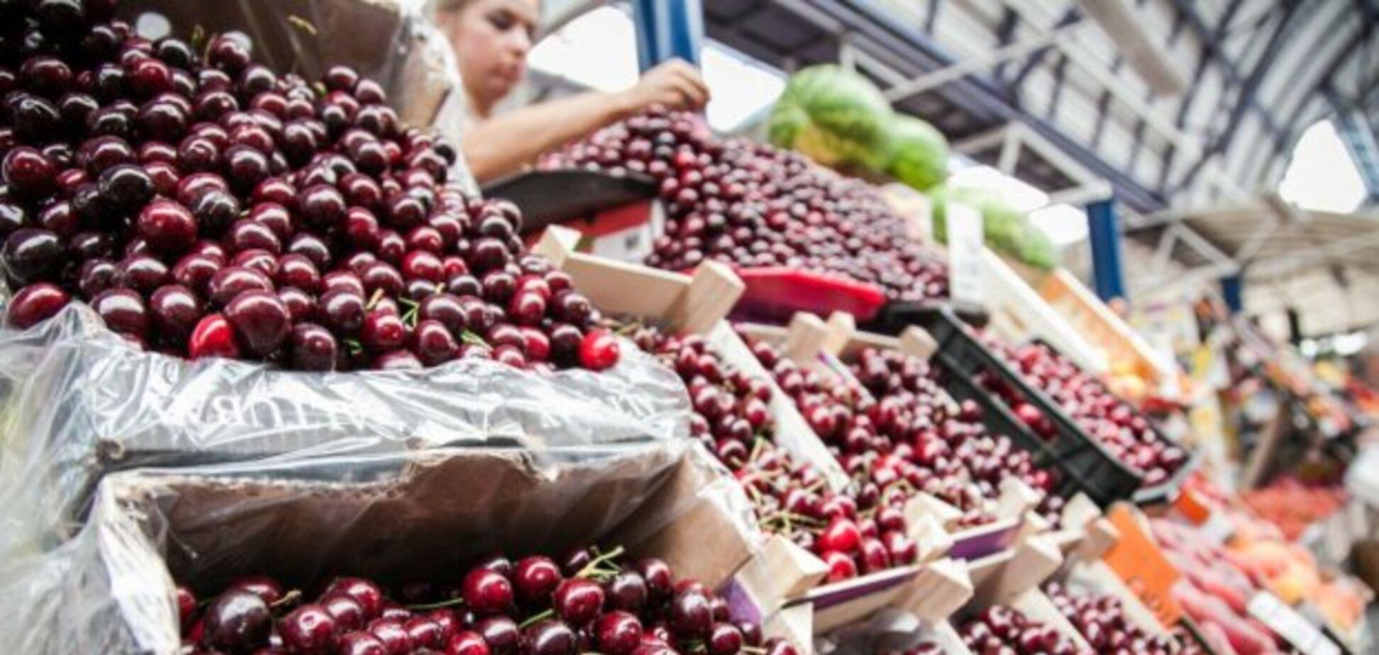 В Украине рекордно низкий урожай черешни: импортные ягоды стоят дешевле