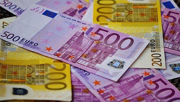 Євросоюз запровадив жорсткі правила перевезення готівки: що потрібно знати, аби не втратити гроші