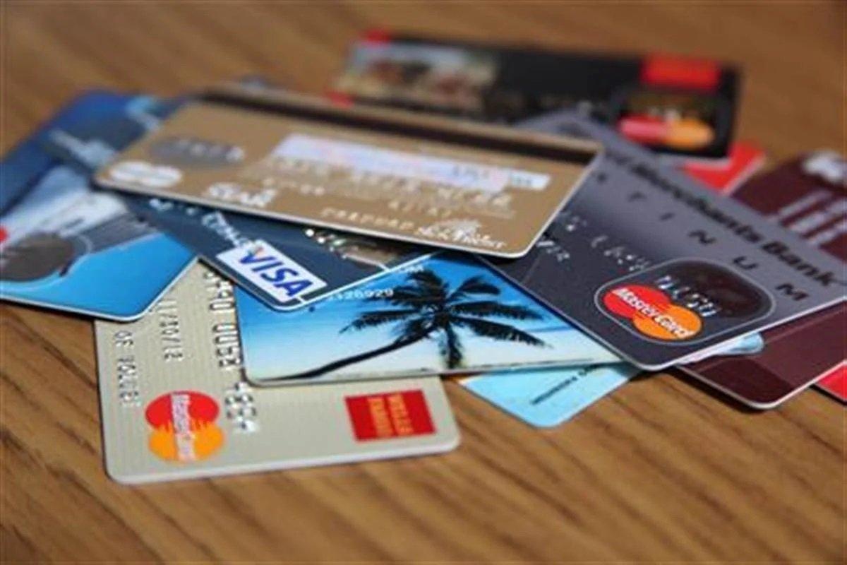 У НБУ розповіли, як переводити великі суми з карти на карту без ризику заплатити штраф в 85 тис. гривень