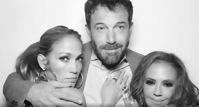 Дженнифер Лопес и Бен Аффлек вместе повеселились на вечеринке: редкое совместное фото пары
