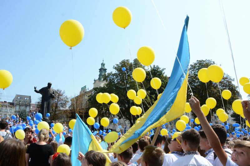 На українців чекають довгі вихідні у серпні: скільки будемо відпочивати