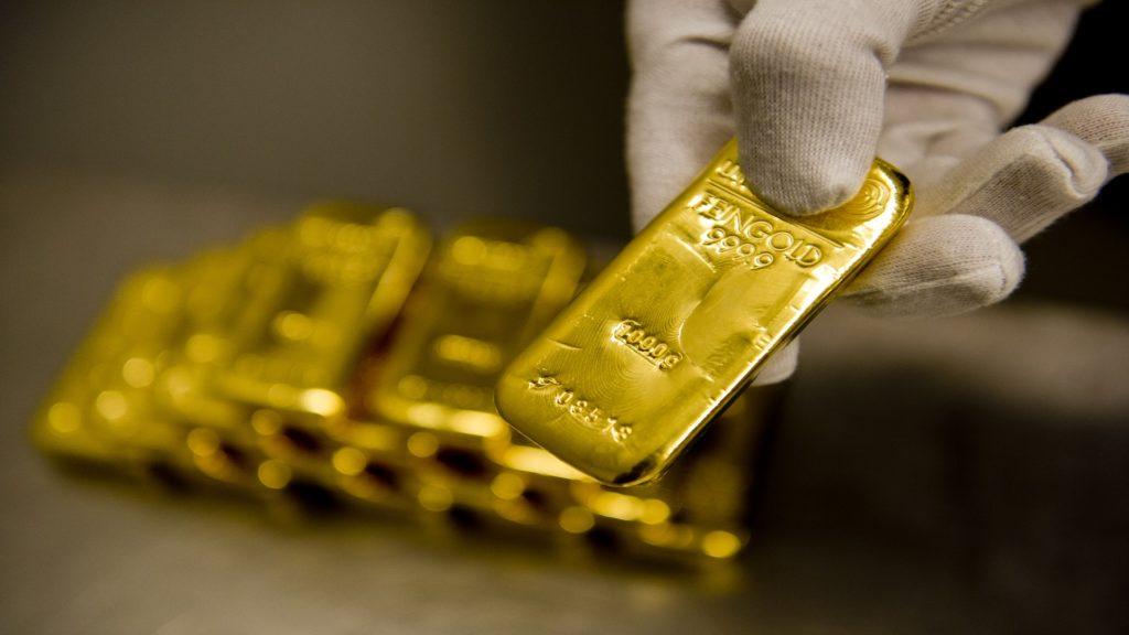 """У світі почалася """"золота лихоманка"""": Центробанки масово скуповують золото через загрозу тотальної інфляції"""