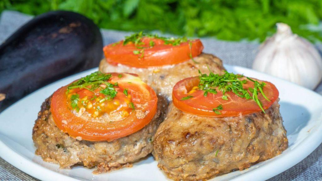 Котлети з баклажанів на обід або вечерю: рецепт ситної низькокалорійної страви
