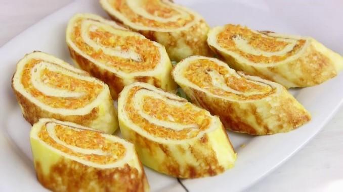 Омлет-рулет з плавленим сиром і кабачками: рецепт ситного і смачного сніданку