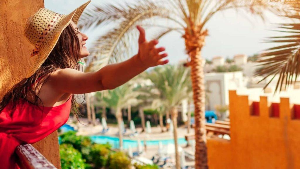 """Як обманюють українських туристів у Туреччині та Єгипті при продажу """"гарячих турів"""""""