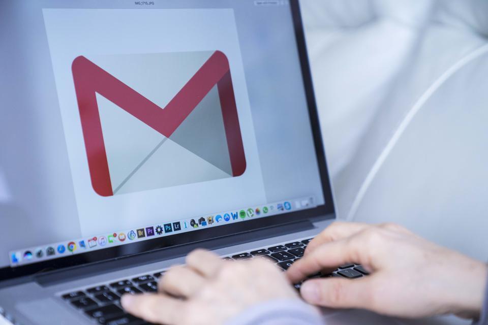 Google закриє вхід в акаунти користувачам старих версій Android-пристроїв