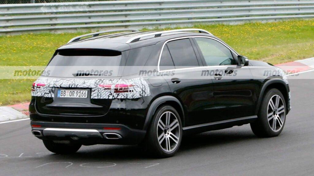 У Німеччині помітили оновлений Mercedes-Benz GLE