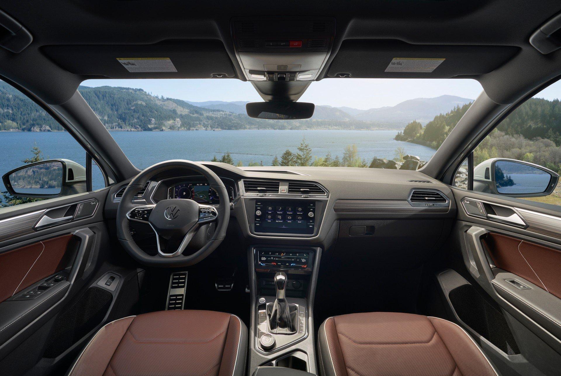 Оновлений кросовер VW Tiguan подорожчав
