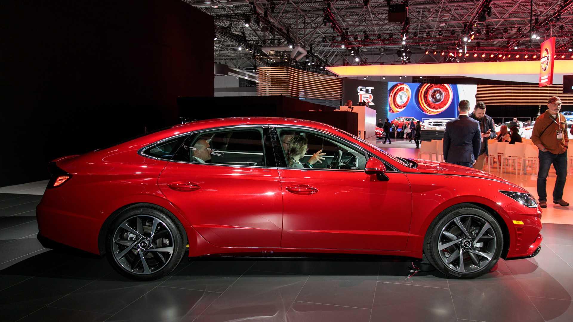 Нова Hyundai Sonata з'явиться раніше, ніж очікувалося