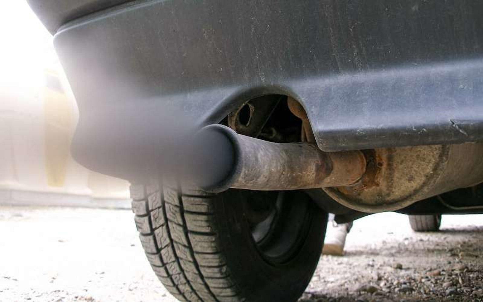 """""""Лівий"""" бензин: що він робить з автомобілем і ситуація в Україні"""