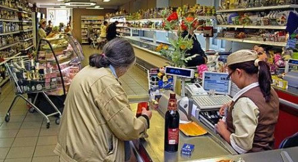 Массовый обман покупателей на кассах супермаркетов: названы основные способы мошенничества