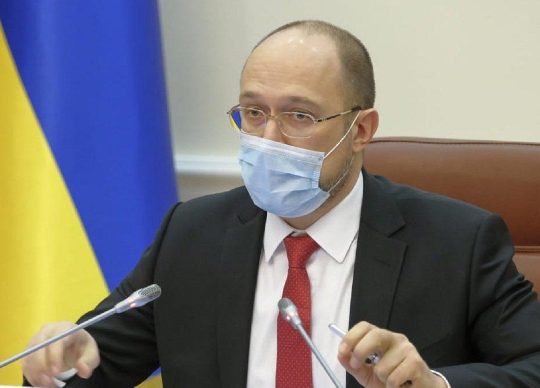 Українцям розповіли, коли їх зарплати виростуть до 17,5 тисяч гривень і більше