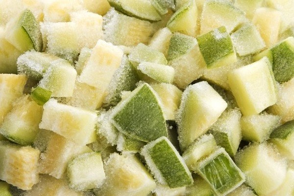 Запіканка з кабачків і курячого філе: простий рецепт ситної і корисної вечері в духовці