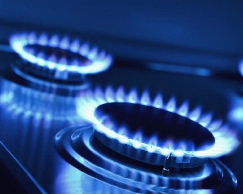 Украинцев переводят на завышенные тарифы на газ и угрожают отключить подачу голубого топлива
