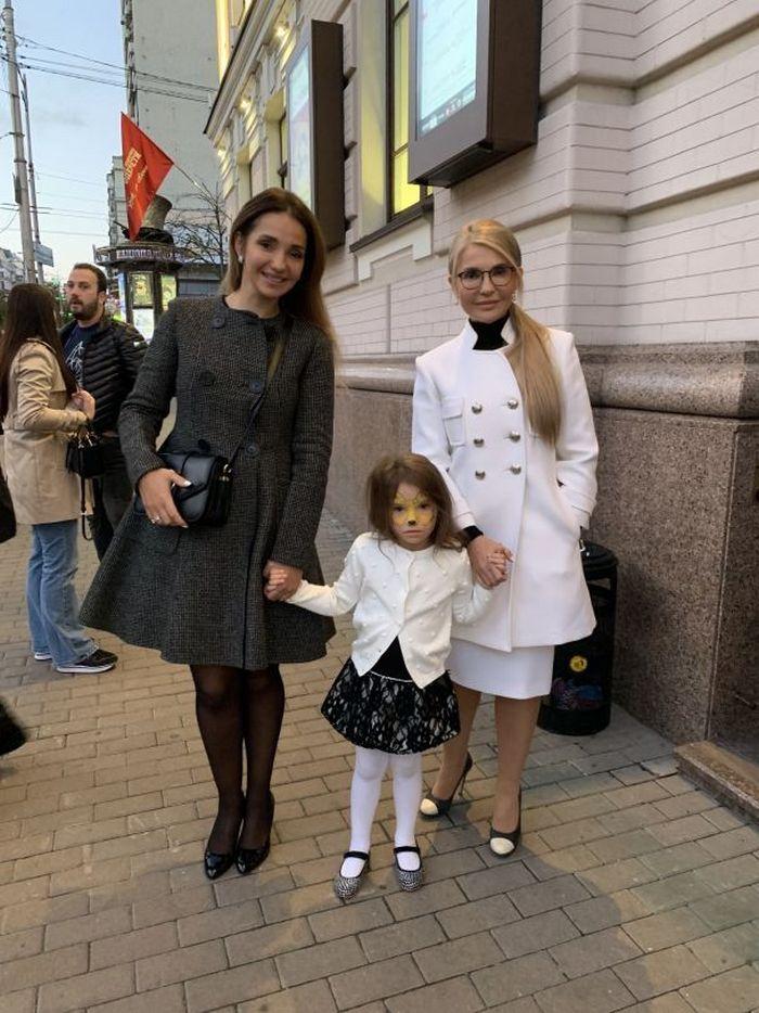 Юлия Тимошенко показала редкое совместное фото с дочерью и внучкой