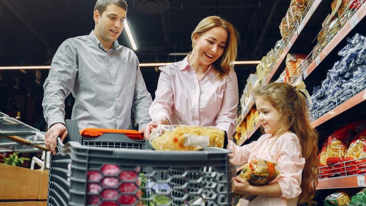 Нацбанк пояснив українцям, коли зупиниться підвищення цін на продукти харчування