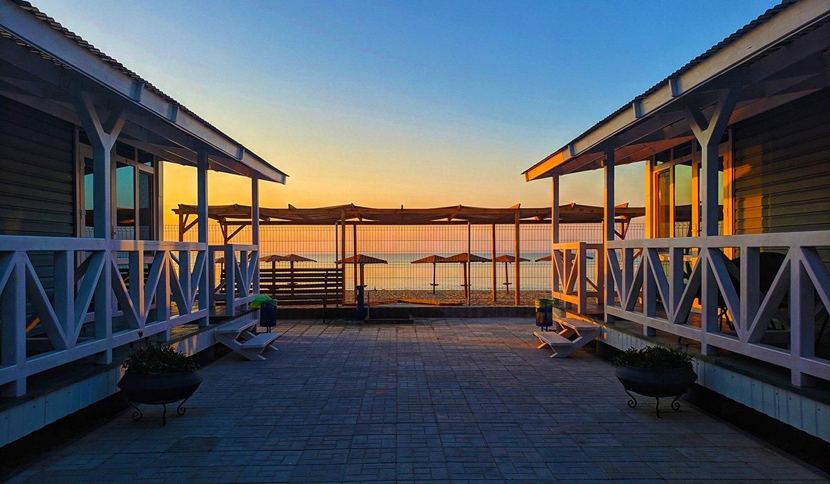 Вартість відпочинку на українських курортах різко впала: скільки коштує відпочити в Одесі, Затоці та Кирилівці у вересні