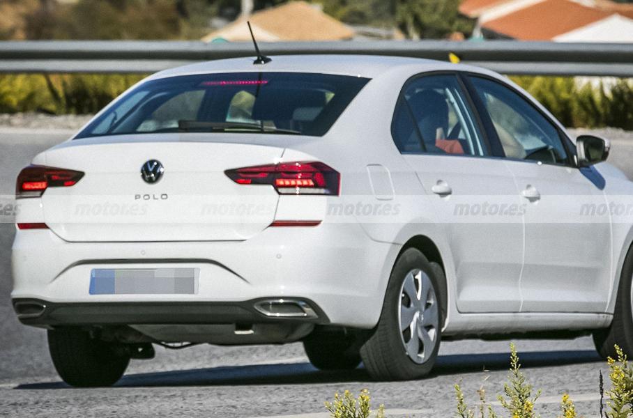 Volkswagen начал тестировать обновленный лифтбек Polo