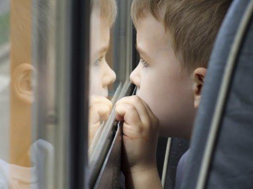 Безкоштовний проїзд у громадському транспорті: за яких умов пільговикам і дітям не потрібно платити за поїздки