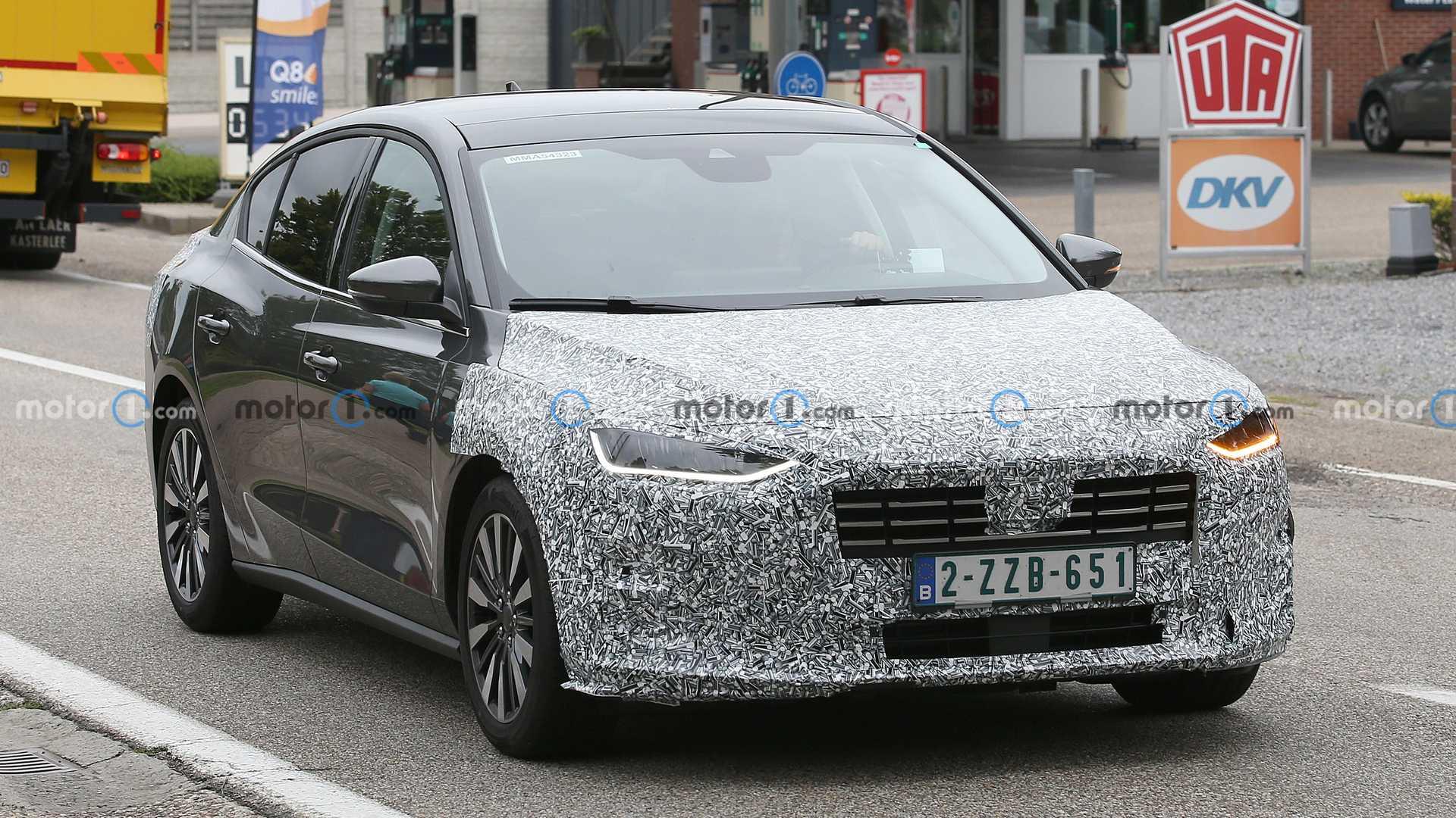 У Європі тестують оновлений седан Ford Focus