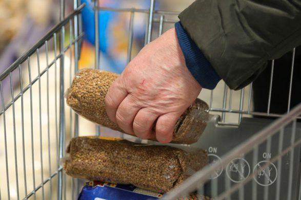 Гречка в Украине продолжает дорожать: сколько будет стоить крупа до конца 2021 года - today.ua