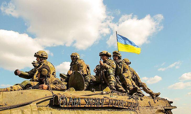 В Україні виросте зарплата військових: що передбачено в бюджеті на 2022 рік