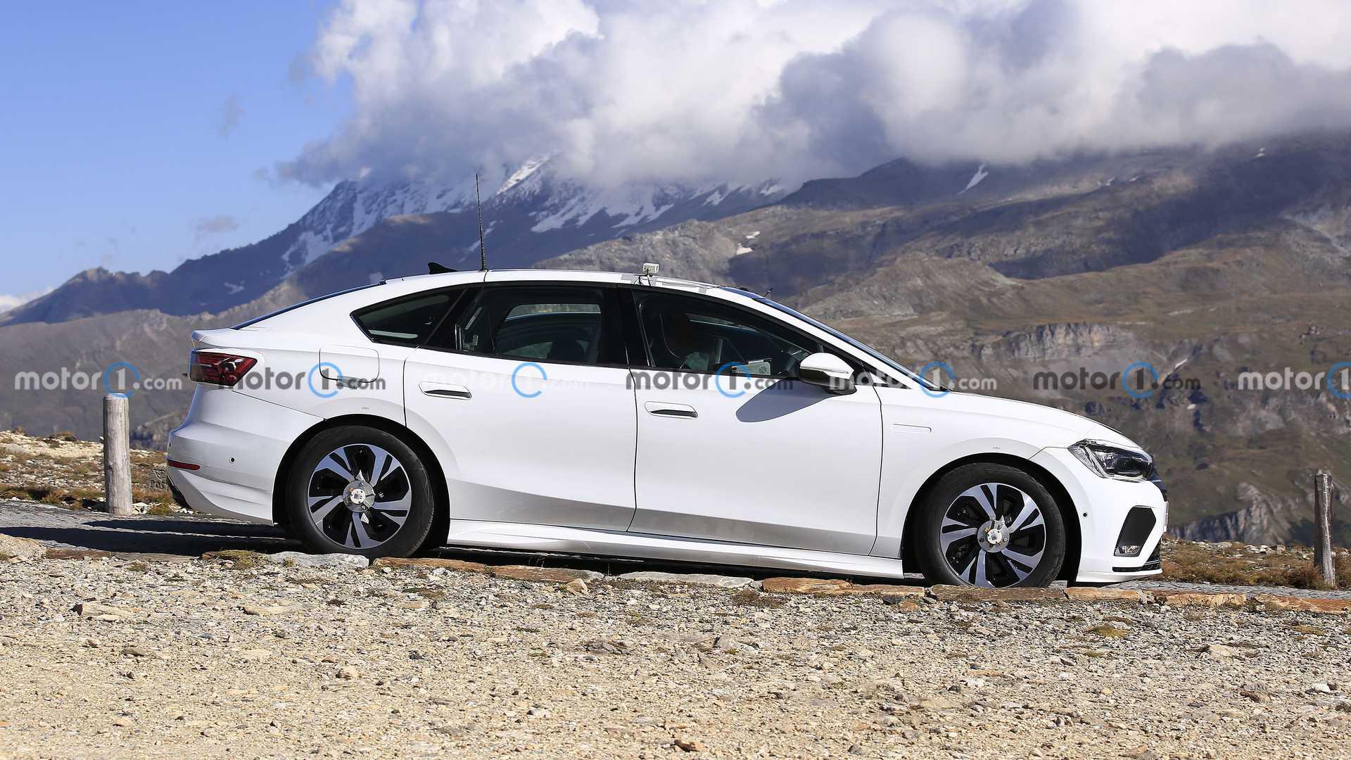 Шпигуни показали седан, який скоро замінить VW Passat
